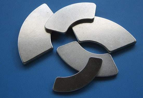 n52 arc magnets