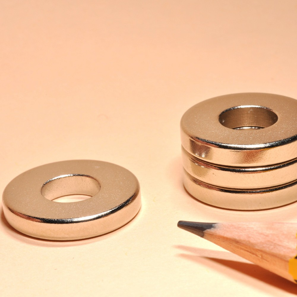 Ring Magnets Neodymium N52 OD175xID75x3 - Neodymium Ring Magnets